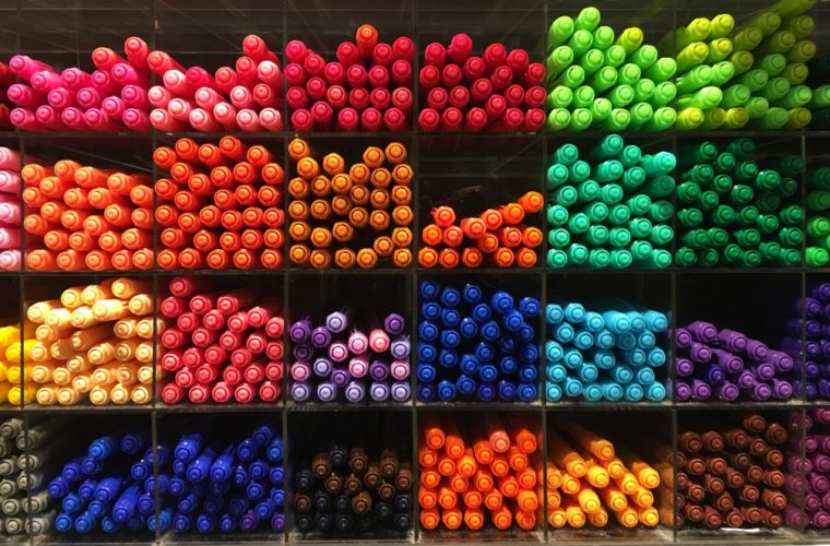 colorful-pens-1_t20_a7jAbY-web